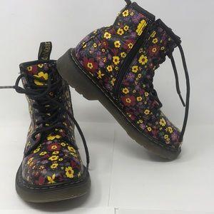 Dr. Martens US kids sz 2 Floral Boot